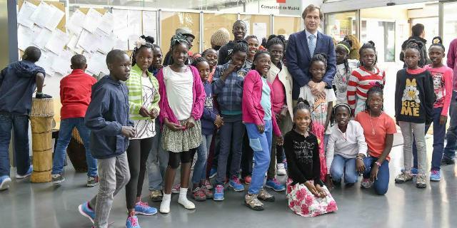 El Coro Safari formado por 28 niños ugandeses actuará en Boadilla