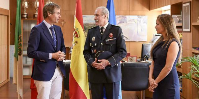 El Jefe de la Policía Local obtiene el rango de oficial